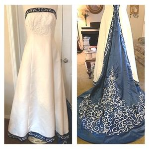 Dineh's White w/Royal Blue Wedding Dress Sz 12